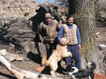 Habitants du lof de Casiano profitant  de la récuperation de leurs terres